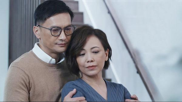 陈锦鸿邓萃雯在新剧《婚内情》预告中,大谈爱情观。