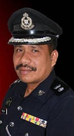 卢伟良发恐吓简讯给而连突警区主任马兹兰。