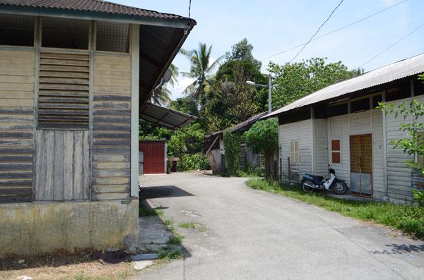 哥多容新村的屋子有一般新村的样貌,但在土地事项却有别于后者。