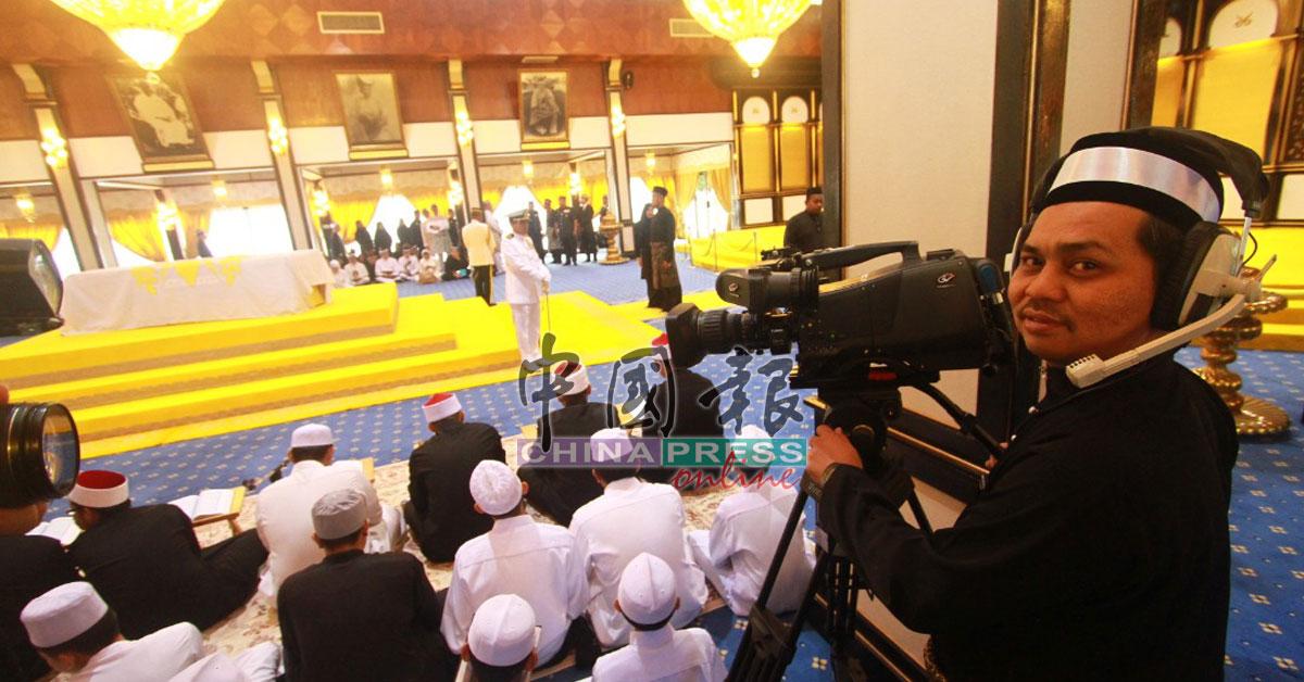 彭亨老苏丹驾崩,电视台周四在北根王宫殿堂进行直播。