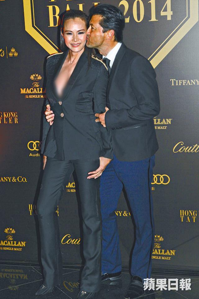 王敏德与马诗慧已结婚27年。