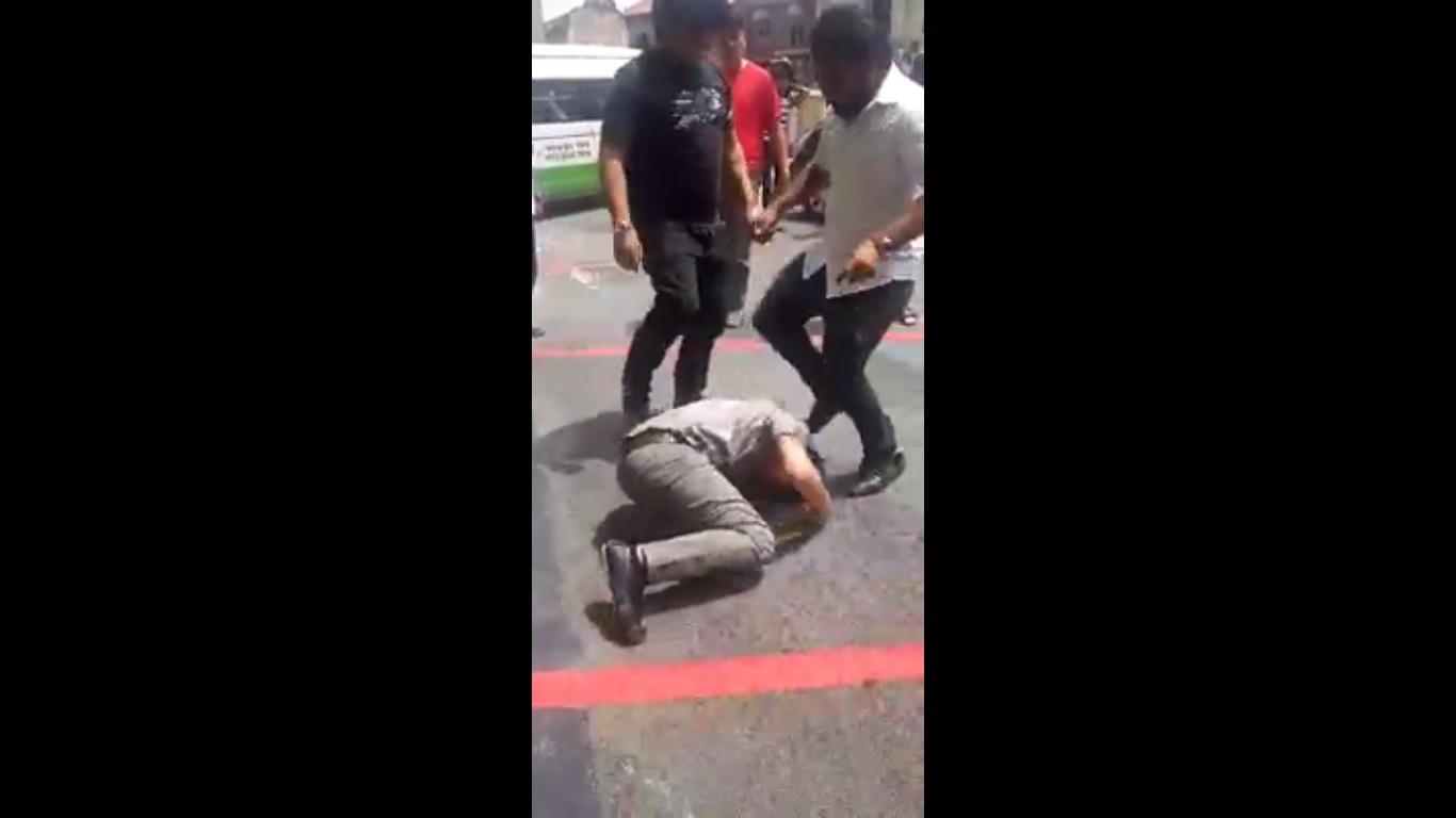其他受骗司机动用私刑,将男子暴打一顿。