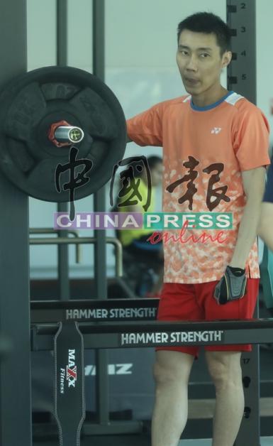 李宗伟复出无期,已被排除争夺东京奥运参赛权的名单之外。