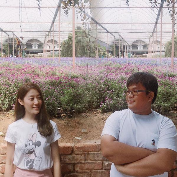 红儿与男友在日本旅行时于9日被求惊喜求婚。