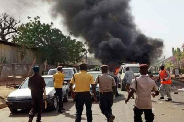 孔杜加日前也曾被自杀式炸弹袭击。