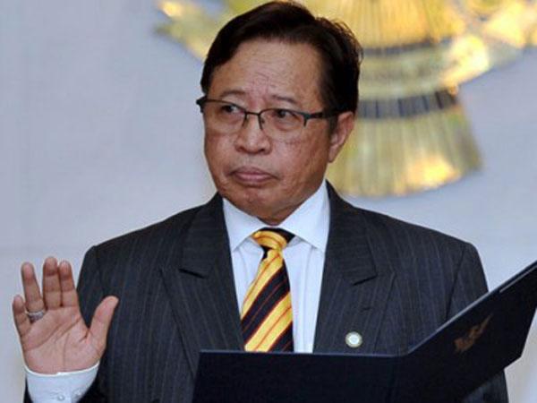 ■砂拉越首长拿督阿邦佐哈里
