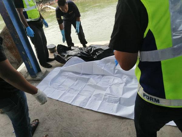 女尸被送往甘马挽医院,进行解剖及确认身分。