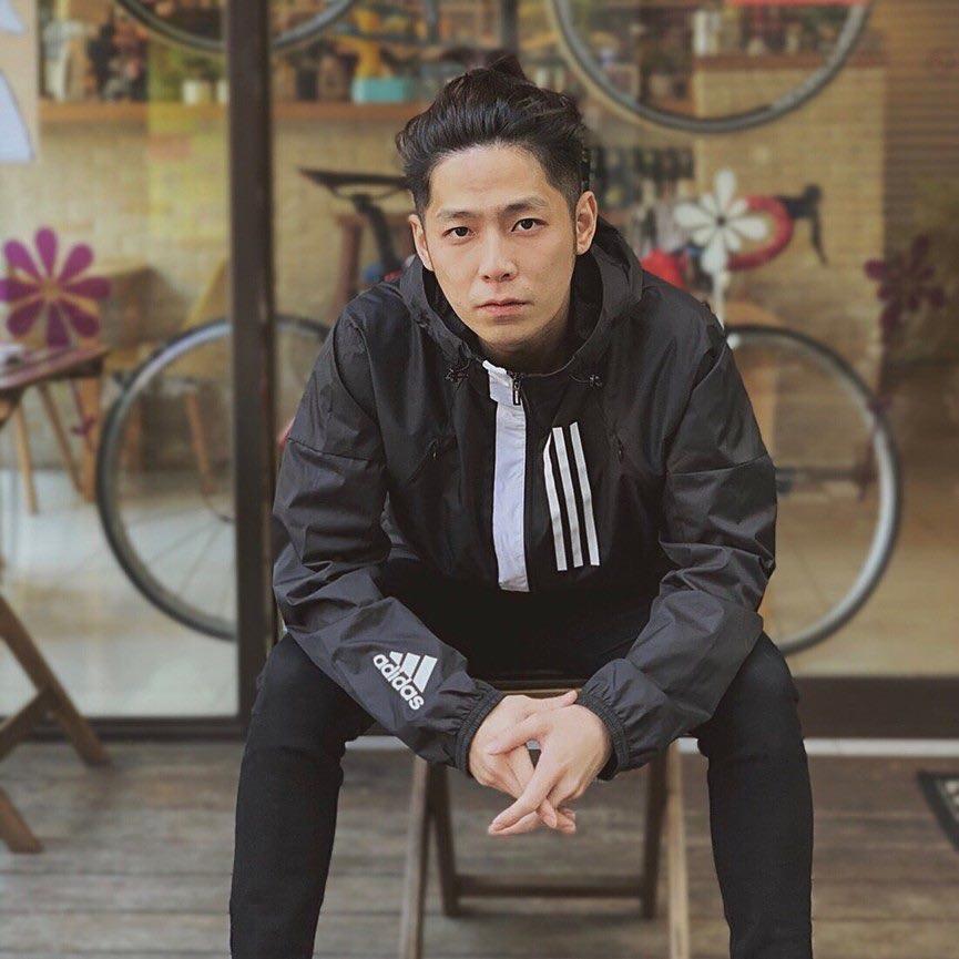 史丹是台湾综艺节目《大学生了没》的固定班底。