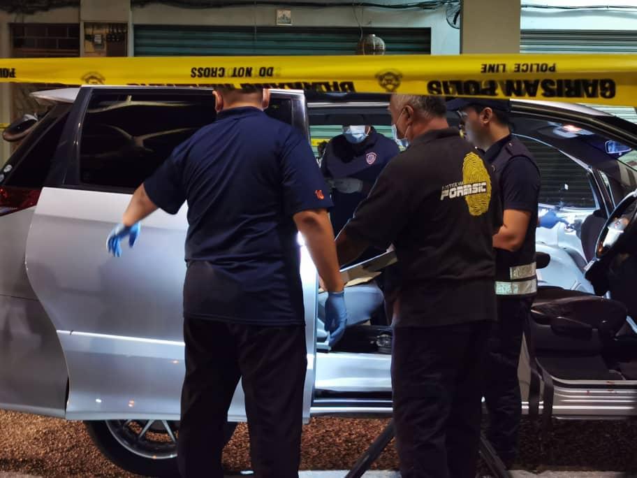 警方在接获投报后,于15分钟内赶抵现场,展开调查工作。