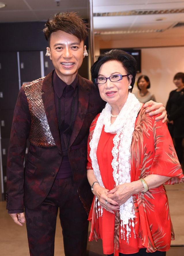 李克勤和梁舜燕曾合作剧集《浪族阔少爷》。