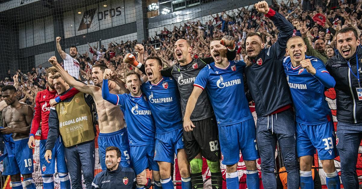 红星点死哥本哈根,球队兴高采烈庆祝。(欧新社)
