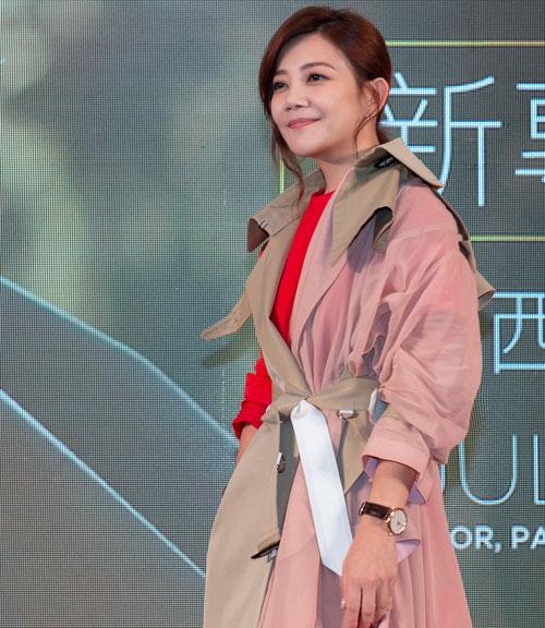 刚承认离婚的梁静茹,明年会否回马出席《AIM中文音乐颁奖典礼》,备受各界瞩目。
