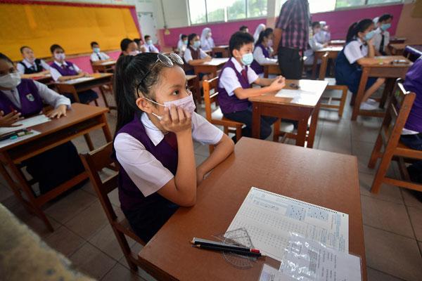 烟霾来了 空污指数未达200点 森53学校明复课