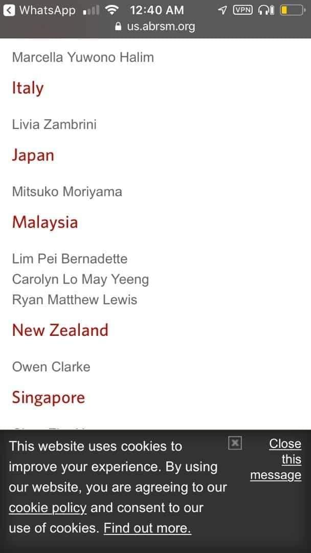网友举出参与该钢琴考试及格的3位马来西亚人名单并未见李元玲的名字。