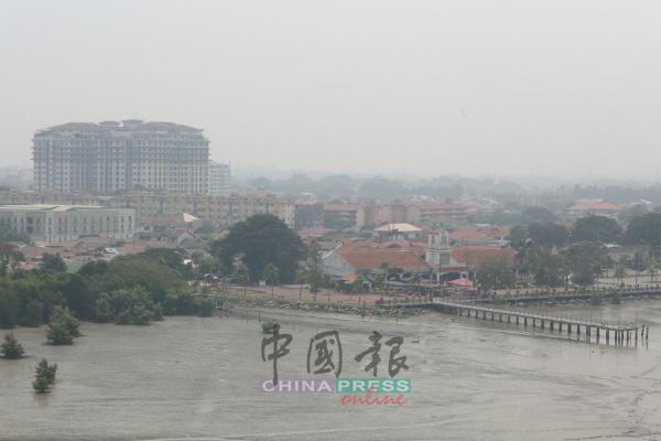 马六甲市郊区的环境污染程度也相当严重。