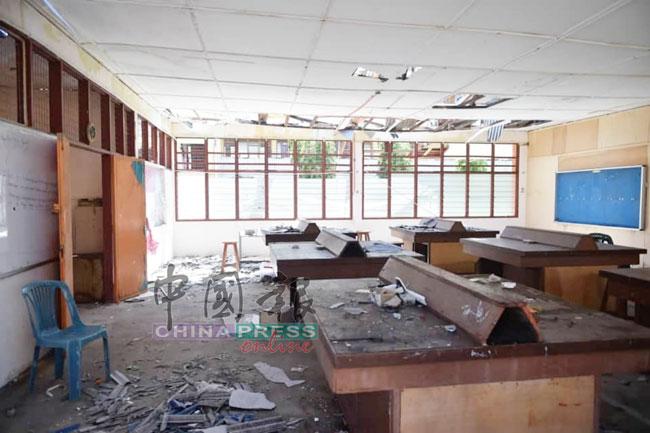 课室在暴风雨中被毁,有待维修。