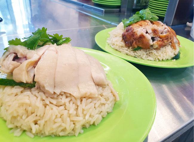 新加坡知名美食海南鸡饭深受游客推崇。(档案照)