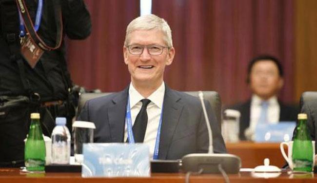 库克在10月18日出席中国清华大学经管学院顾问委员会的会议。