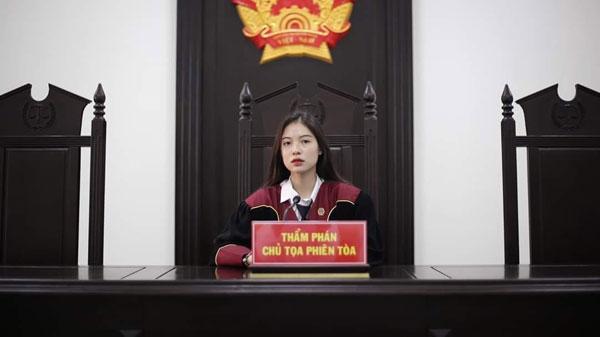 """""""仙女法官""""惹暴动! 网民:想被审判!"""