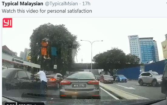 父母纵容孩子在车上乱丢垃圾,其他人看不过眼,捡起垃圾放回该车的挡风玻璃上。(取自Typical Malaysian推特帐户)