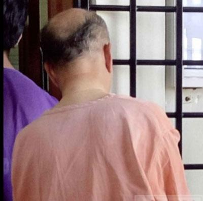 嫌犯被警方押上太平推事庭申请延扣令。