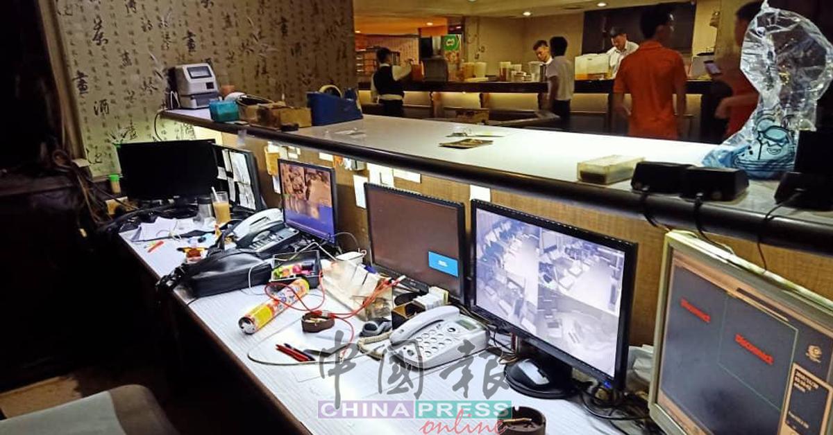 有关集团在每个楼层安装闭路电视,以进行监控。