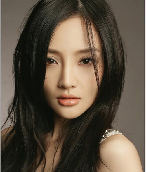 李小璐说自己只是一个普通女人。(互联网)