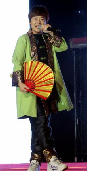 赵洁莹带来一曲《生僻字》,唱出中华文字的精彩与精髓。