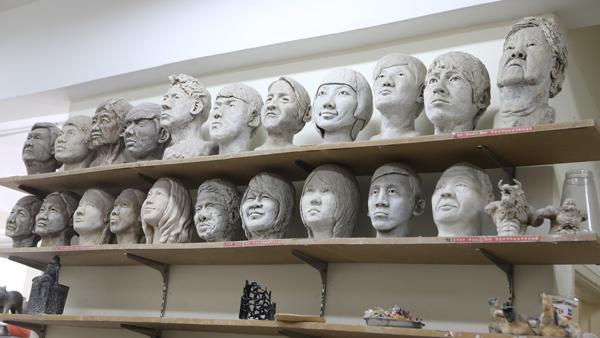 雕塑 (Sculpture) 也是达尔尚纯美系的其中一项课程。