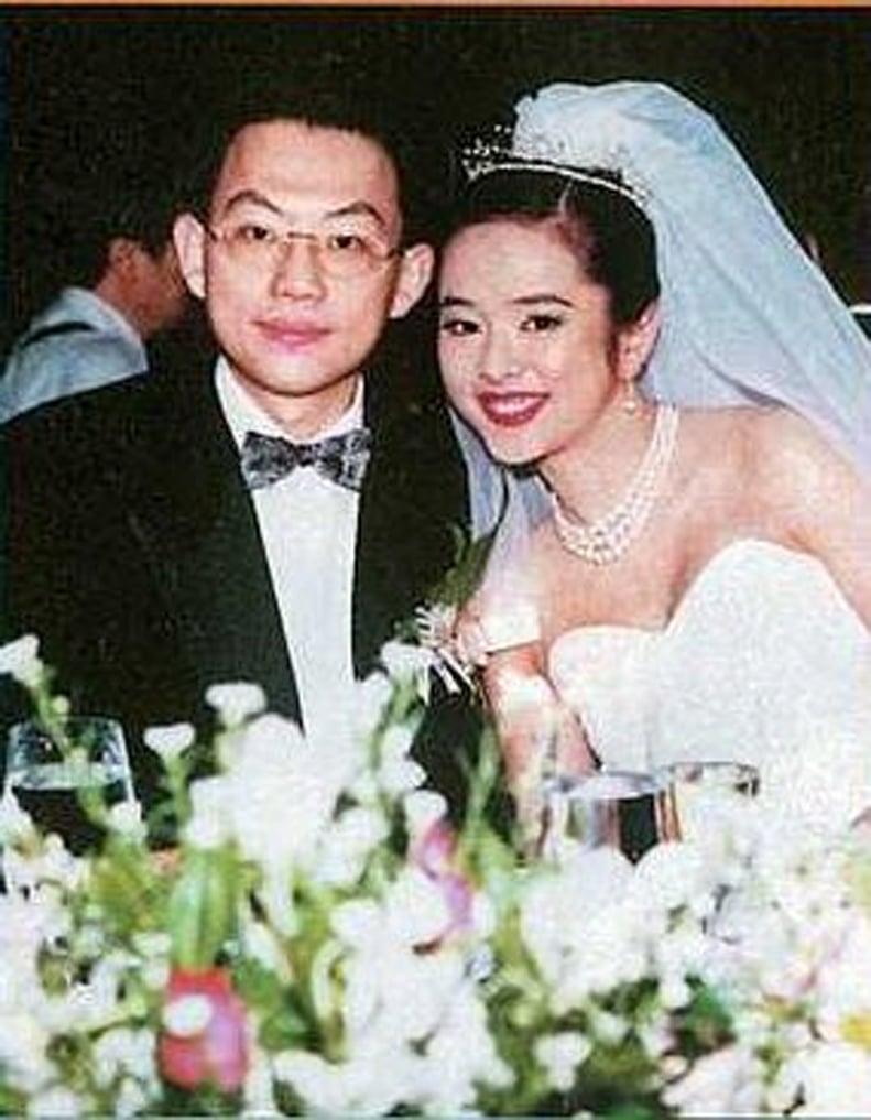 昔日玉女激瘦19公斤,离婚19年坚持单身