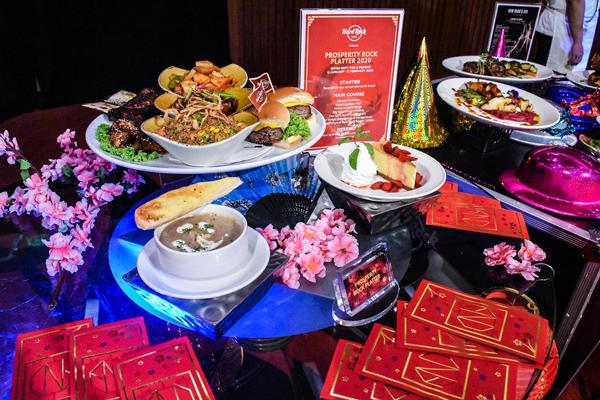 新年菜色太传统?来个西式风格的新年餐吧!