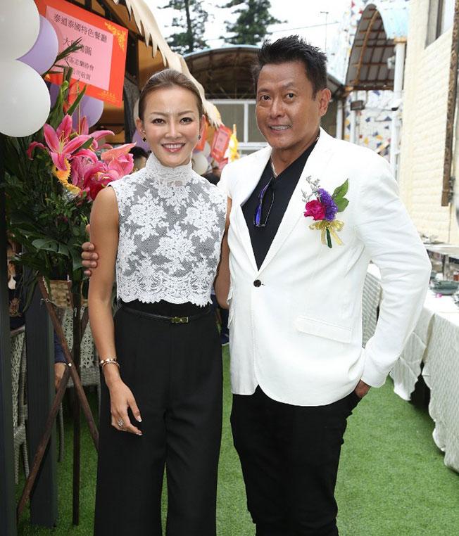 魏骏杰与张利华的10年婚姻亮起红灯。