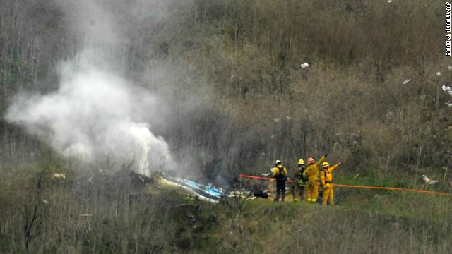 直升机坠毁现场。(CNN图片)