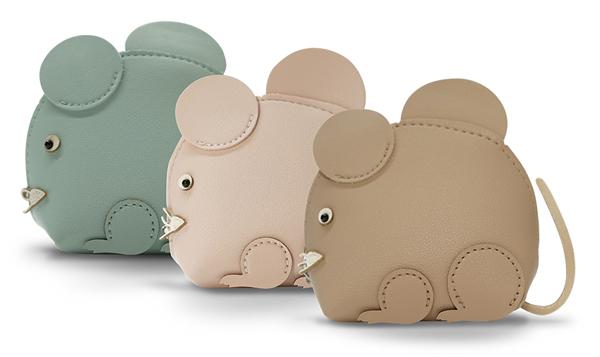 两张收据合共消费超过388令吉(汇丰信用卡持有人只需288令吉)即可兑换鼠形的小袋子。
