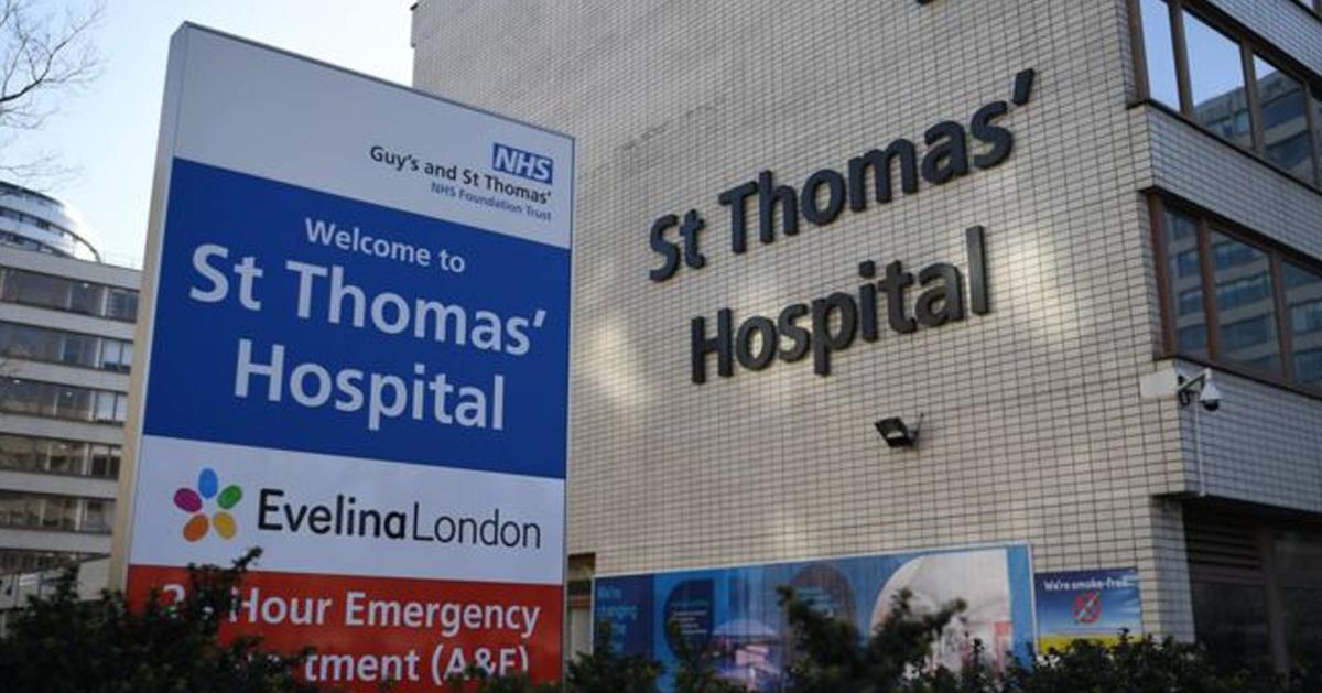 该名女患者正在伦敦圣托马斯医院接受治疗。