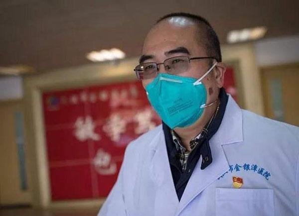 武汉金银潭医院院长张定宇。