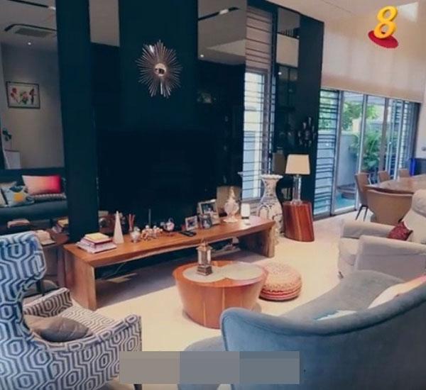 许绍雄跟妻女都喜欢家中有温暖感。