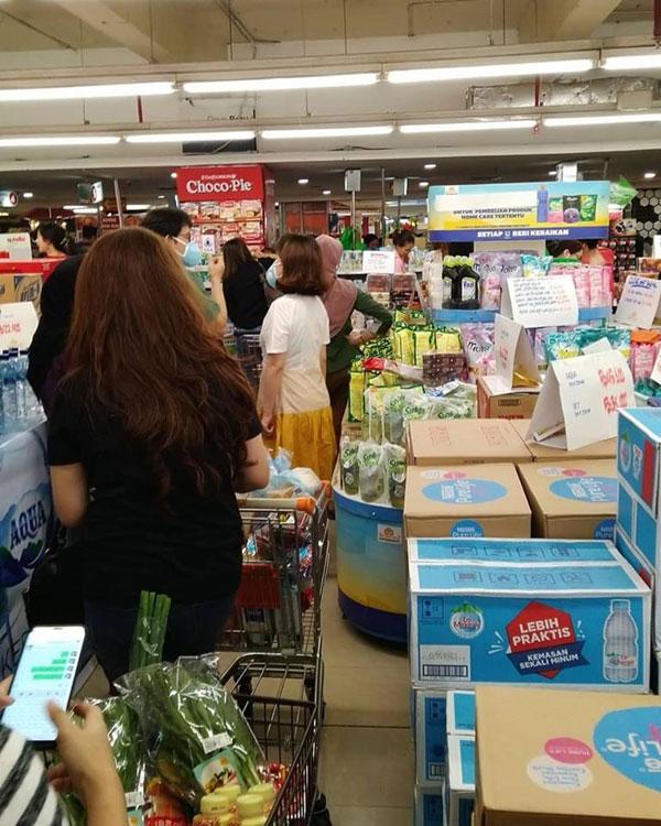 武汉肺炎入印尼 超市粮食扫到完