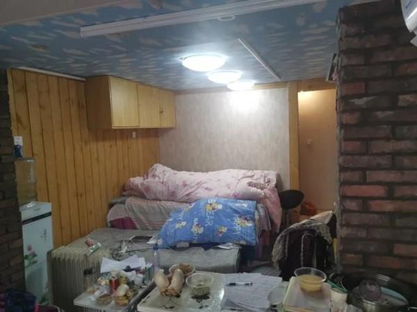 出院后,郭岳仍在车库中自我隔离了14天,直到确认痊愈。