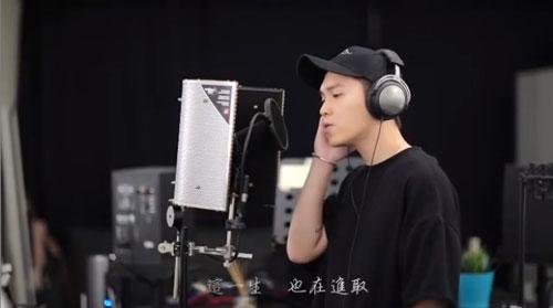 刘界辉每年都会翻唱张国荣的歌曲。(图/IG)
