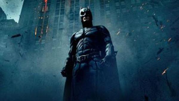 杰伊班奈狄克曾参与蝙蝠侠系列的演出。(图:剧照)