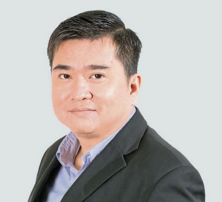 冯俊豪:公司正积极维持及提升目前所拥有的产品的业绩。
