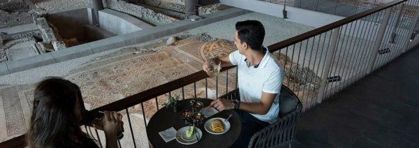 安塔基亚博物馆酒店兴建在遗址的正上方,以兼顾遗址的完整性和建筑结构的稳定。图/Museum Hotel Antakya