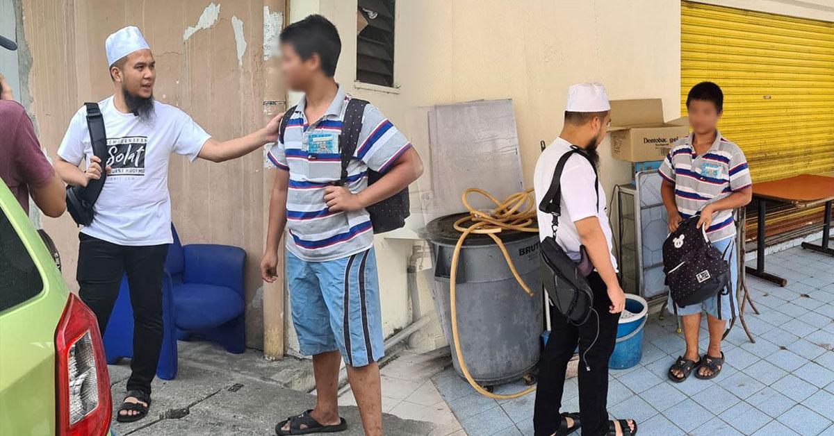 Ebit Lew探访流落街头的华裔青少年。(图取自Ebit Lew面子书)