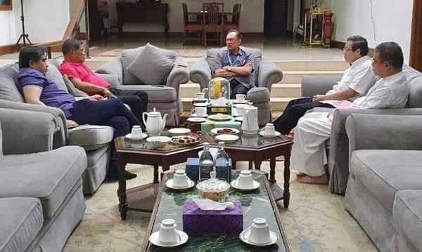 马哈迪 安华 王不见王? 分别接见希盟领袖