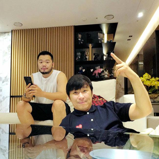 陈镇川和男友Darren结束长跑,决定共偕连理。(图:IG)
