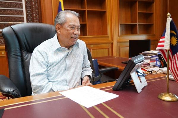 慕尤丁与李显龙通电话,祝贺对方成功在大选中连任。