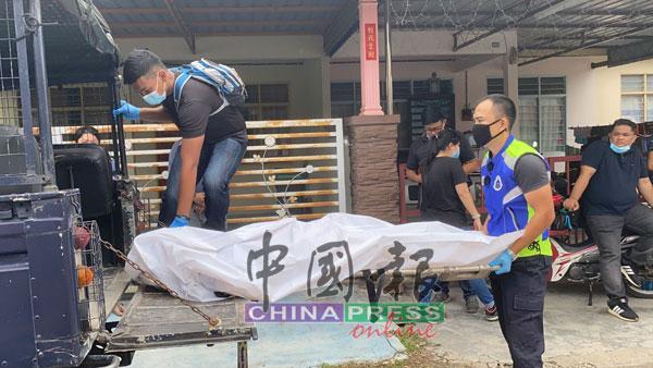 警方将死者遗体送至亚罗士打苏丹后峇希雅医院太平间。