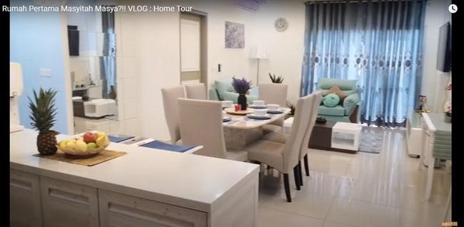 玛莎去年底以vlog形式,向粉丝朋友介绍自己的房子。