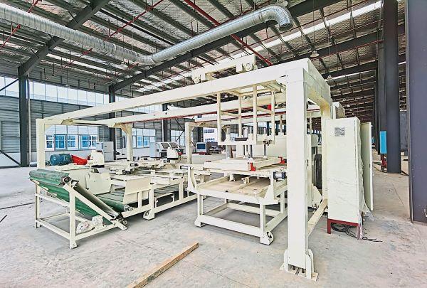 康尔国际采用先进的生产加工设备,打造优质的竹制产品。